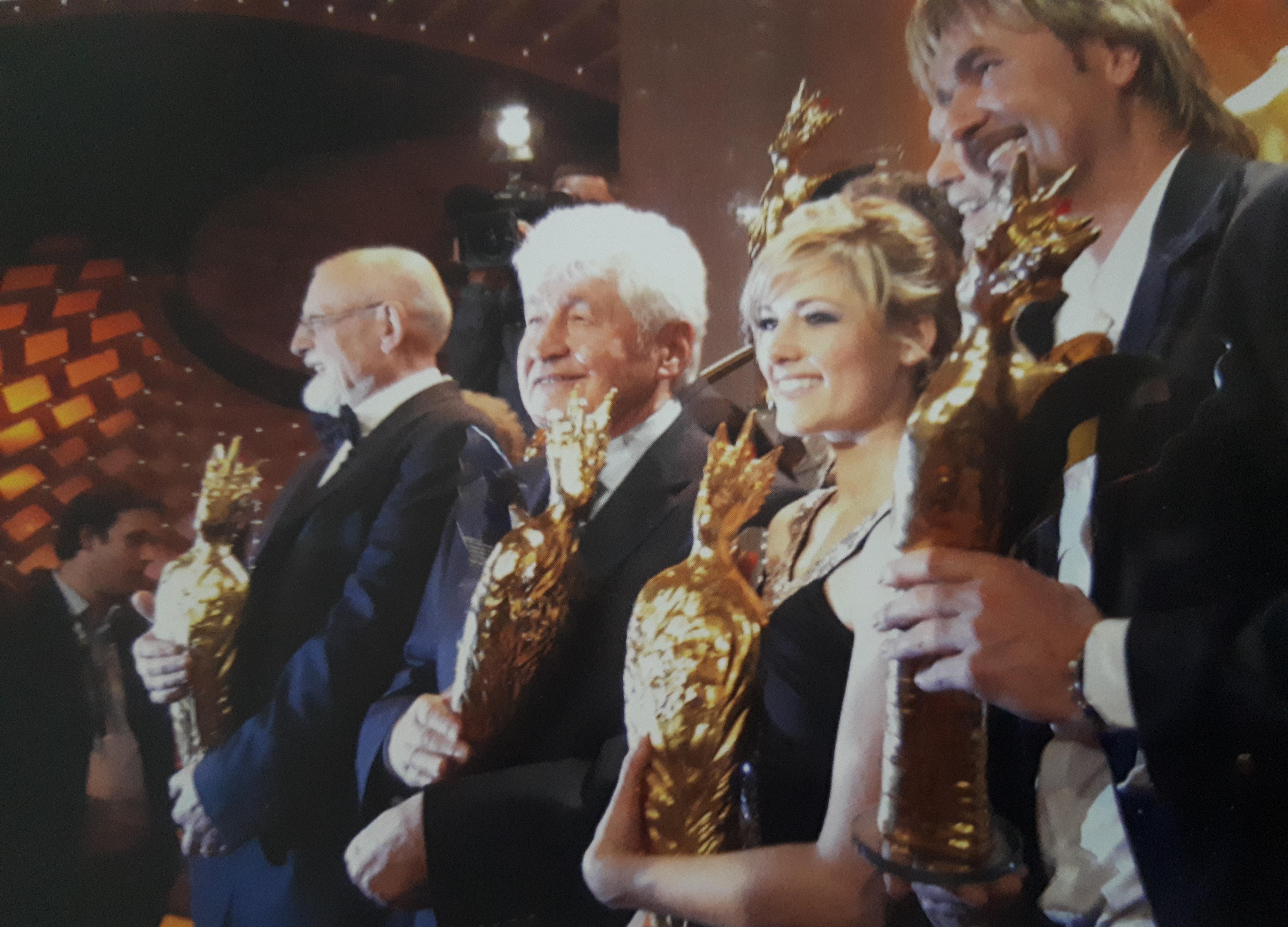 Verleihung Krone der Volksmusik mit v.l.n.r. Roger Whittaker, Helene Fischer und Nik P. (2008)